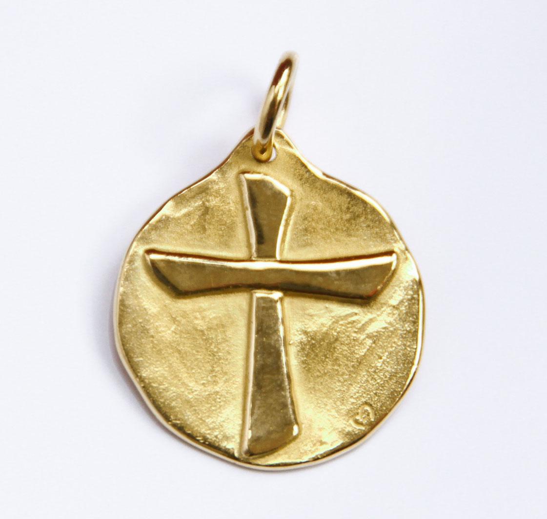 medaille croix Christ de bapteme